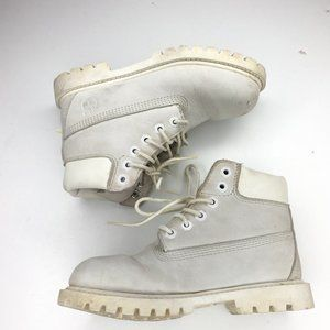 Timberland girl's size 12 white boots with laces.